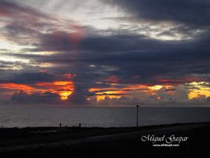 Porto Covo - Pôr do sol - com balanço de brancos